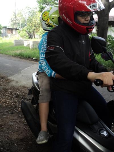 NMax tes ride