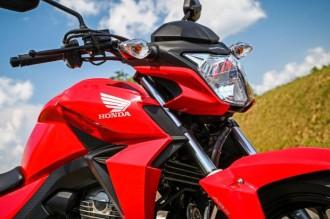 Honda-CB-Twister-250-2016-14-620x413