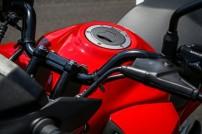 Honda-CB-Twister-250-2016-16-620x413