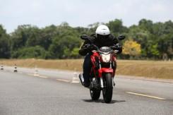 Honda-CB-Twister-250-2016-29-620x413