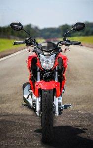 Honda-CB-Twister-250-2016-37