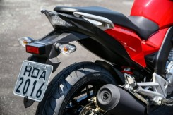 Honda-CB-Twister-250-2016-40-620x413
