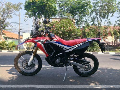 CRF250 1